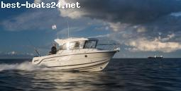 MOTOR BOATS: PARKER 770 WEEKEND