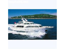 MOTOR BOATS: BENETTI TRADITION 100